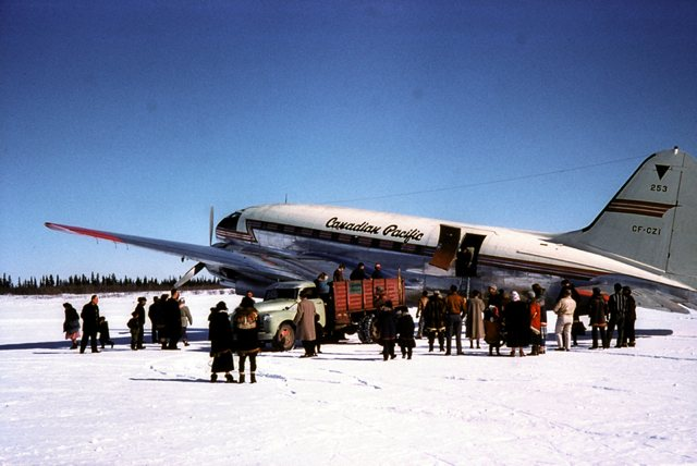 Photo Aklavik canadian Pacific plane